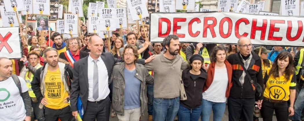 Mobilisation pour les prévenues des procès Décrochons Macron